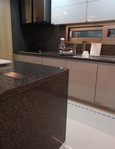 Hanstone_residential_kitchen_02-1