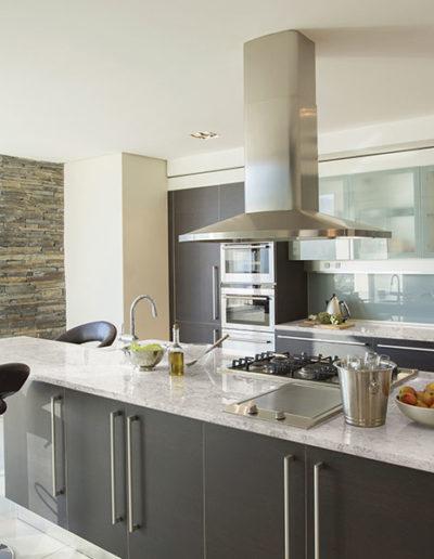 Hanstone_residential_kitchen_10-1